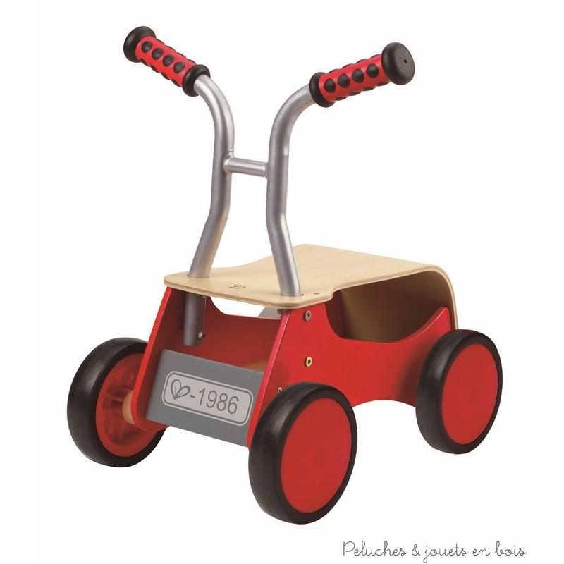 porteur trotteur pousseur rouge en bois chariot de marche hape 1 an. Black Bedroom Furniture Sets. Home Design Ideas