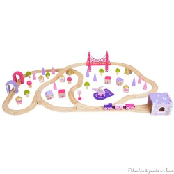 Circuit de train en bois ville, le monde des fées