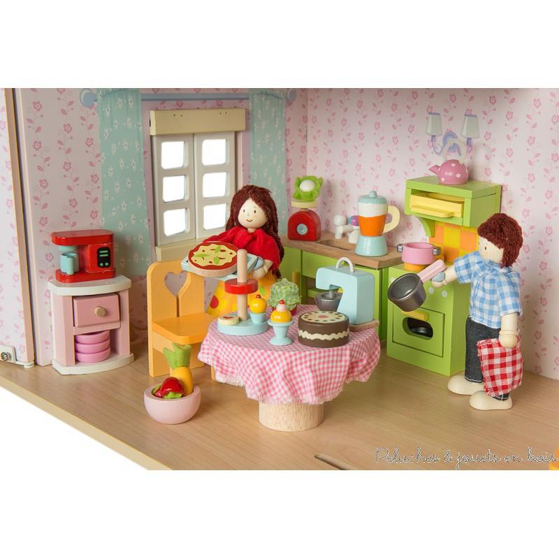 Set d 39 accessoires de cuisine pour poup es en bois le toy for Les accessoires de cuisine