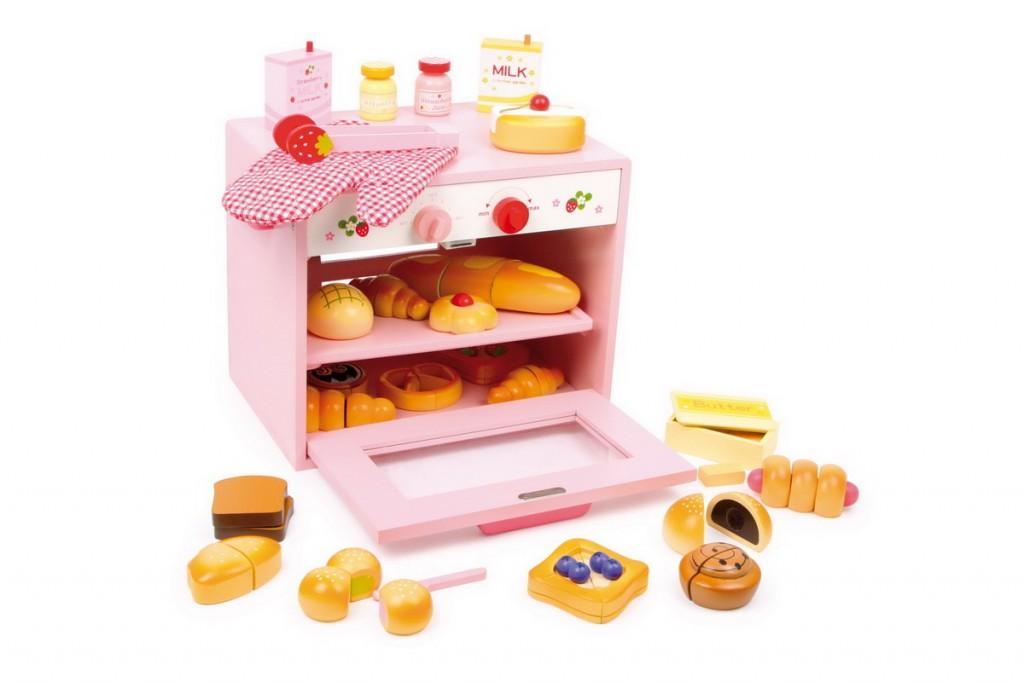La cuisine en bois jouet peluches et jouets en bois for Cuisine en bois jouet