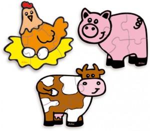 Ces 3 puzzles en bois sont proposés aux petits de 2 ans et plus dans une boite amusante en forme de vache, sur le thème de la ferme avec des animaux au design très actuel !