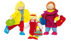 Figurines pour maison de poupées en bois, ces poupées souples de la marque Goki