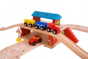 De plus, ils peuvent être combinés avec un circuit routier, ce qui permettra à vos enfants de faire circuler leurs trains et leurs voitures en même temps