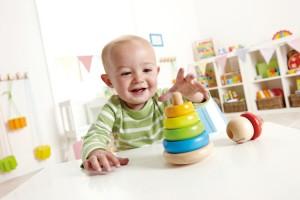 L'empilable un merveilleux jouet d'éveil en bois pour bébé