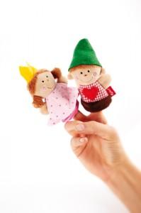 Marionnettes de doigt princesse et forestier avec adorables détails.