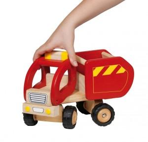 Petit Camions en bois, bébé pourra jouer comme les grands !