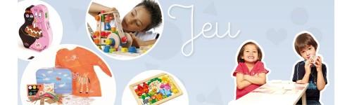 """Jean Royer a """"L'enfance est une main perdue dans les coffres à jouets"""""""