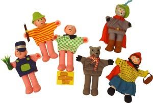 """Les marionnettes de doigts présentées en set complet comme dans celui ci """"Le petit chaperon rouge"""", permettent de disposer de tous les personnages pour raconter des histoires à bébé pour l'éveiller en l'amusant ou pour le préparer au sommeil"""