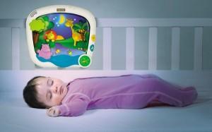 Baby sun et Tiny love, spécialiste du tapis d'éveil ! proposent des merveilles pour éveiller les bébé, mais aussi pour les préparer au sommeil...