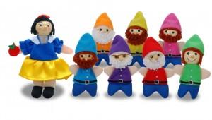 le set de marionnettes Blanche-neige et les 7 nains, de la marque Fiesta craft