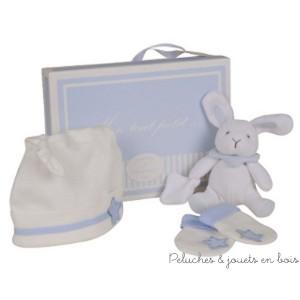 """Ce coffret naissance bleu avec bonnet, mouffles & doudou ours de la collection """"Mon tout petit"""" est une idée de cadeau de naissance proposée par  Doudou & Compagnie, à partir de 0 mois+"""