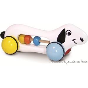 Woodies pilou à trainer, un adorable petit chien avec un boulier qui aidera l'enfant à développer sa dextérité. Jouet en bois massif laqué, fabrication française Dimensions du produit : L = 20 cm Normes Européennes EN71