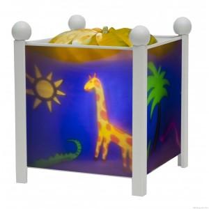 Une lanterne magique sur le thème de la jungle, blanche, de la marque trousselier. A partir de 0m+