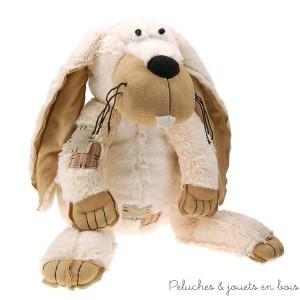 Une peluche lapin douce, amusante et très originale avec de longues oreilles toutes douces pour faire craquer petits et grands. En peluche et velours lavable en machine à 30°. Taille 25 cm Normes CE
