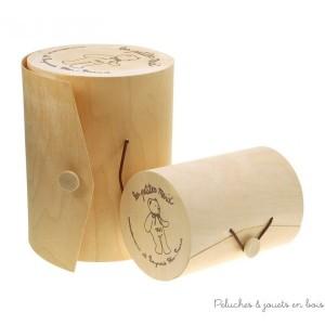 une jolie boite en bois cylindrique pour un effet cadeau très apprécié