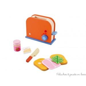 Un set grille pain bien complet pour préparer en un instant de délicieux petit-déjeuners. Et pour ceux qui préfèrent le sucré il y a aussi du beurre et de la confiture à tartiner sur une tranche de pain grillé ! Normes CE EN71; 9 pièces, Dimensions : 20 x 14,5 x 8,5 cm