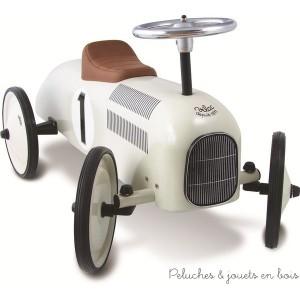 Porteur voiture de course en métal nacré pour un enfant entre 1 à 3 ans, signé Vilac