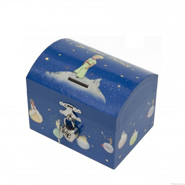 Une tirelire boîte à musique Le Petit Prince de la marque Trousselier avec sa fonction 2 en 1 cette tirelire lorsqu'elle est ouverte laisse apparaitre un petit prince et son mouton qui tournoient au son du printemps de Vivaldi. A partir de 2ans+