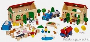 Ma petite ferme est un jeu en bois de la marque Goki, réunissant en 71 pièces tout l'univers de la ferme, grange, écurie, enclos, animaux, fermiers, matériel agricole et une foule de petits accessoires charmants pour créer un univers de jeux et laisser libre court à l'imagination. Taille de la grange 19,9 x 13,3 x 14,5 cm Normes CE