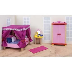 Cet ensemble de meubles de chambre à coucher comprend : un lit à baldaquin, une armoire, une coiffeuse et ses accessoires et un tapis. Ce mobilier s'adapte au château ainsi qu'à toutes les maisons Goki. Hauteur de l'armoire 17.5 cm. Normes CE.