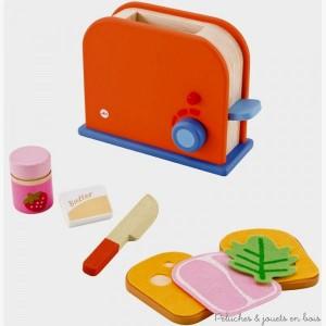 Un set grille pain bien complet pour préparer en un instant de délicieux petit-déjeuners. Et pour ceux qui préfèrent le sucré il y a aussi du beurre et de la confiture à tartiner sur une tranche de pain grillé. 9 pièces, dimensions : 20 x 14,5 x 8,5 cm. Normes CE.