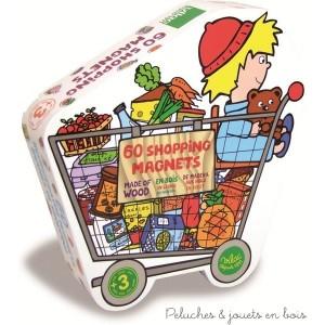 Dans cette boite en forme de caddie de supermarché tu trouveras 60 magnets à coller sur le frigo pour aider maman à faire sa liste de courses. A partir de 4 ans+