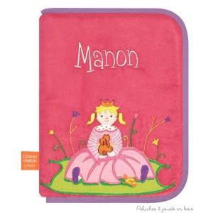 Protège carnet de santé Petite Princesse Prénom brodé personnalisable