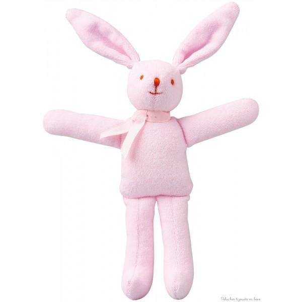 Ce joli lapin de couleur rose, fait un bruit de hochet dès que bébé le secoue et est facile à attraper avec ses grandes oreilles! Dimension 20 cm Livré dans sa boite cadeau Trousselier. Marque française Trousselier depuis 40 ans. Normes CE. Composition : Coton Dimension : 20 cm