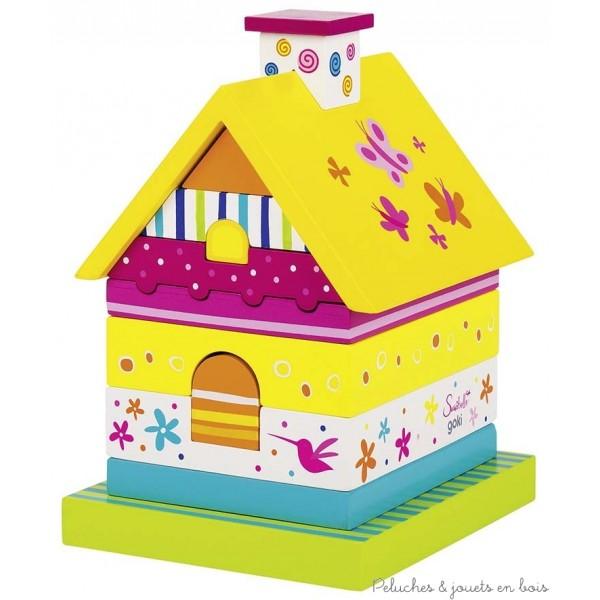 Une très jolie maison à empiler en bois déclinée sur le thème du monde enchanté et coloré Susibelle de la marque Goki. A partir de 3 ans+