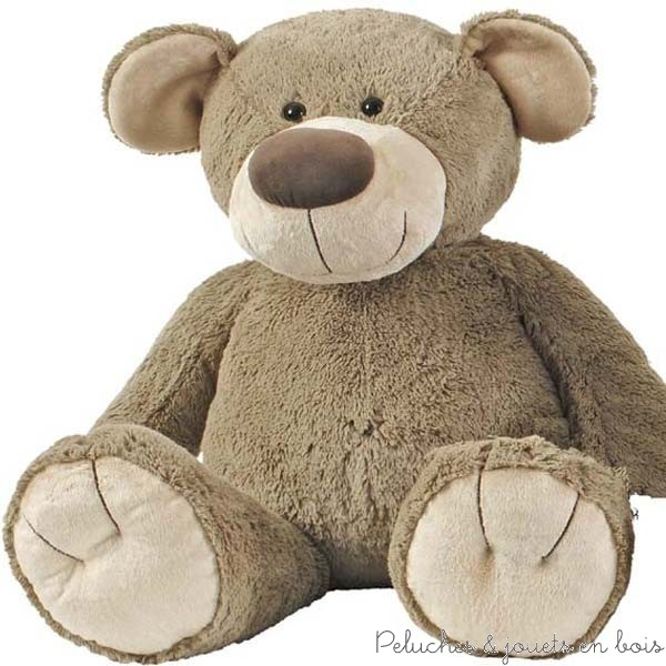 Peluche géante l'ours Bello est issu d'une collection moderne et d'une grande douceur reconnue aussi pour sa sécurité. Il ne demande qu'à être touché et cajolé pour la joie de tous. Lavable à 30°. Normes CE.