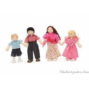 Dans la collection Daisylane de la marque Le Toy Van, une famille de 4 poupées articulées en bois vêtue de vêtements décontractés , Jeans pour les garçon et robes d'été pour les filles... A partir de 3 ans+