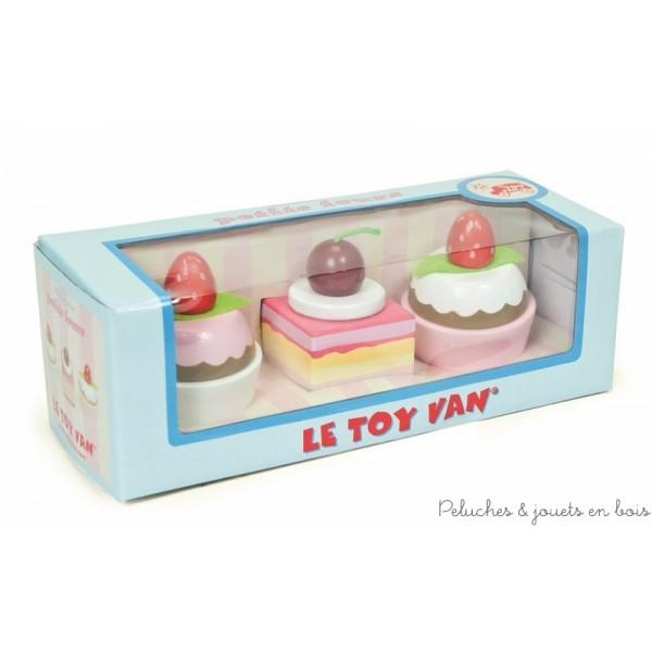 Les petits fours collection Honeybake, signée Le toy van, sont parfaits pour accompagner le thé, pour jouer à la marchande, au petit patissier et bien sûr à la dinette :)