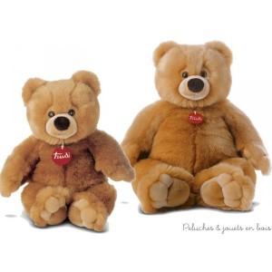 Ettore est un magnifique ours en peluche toute douce couleur miel de 57 cm de la marque Trudi. A partir de 0+
