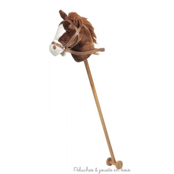 cheval bascule un jouet en bois simple et magique pour l emmener au pays du rire et de l. Black Bedroom Furniture Sets. Home Design Ideas