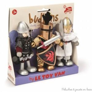 Dans la collection Budkins de la marque Le Toy Van, un ensemble de 3 personnages articulés composé des chevaliers Archibald, Sir Ignot et William. Un complément idéal pour les chateaux forts vendus séparément. A partir de 3 ans+