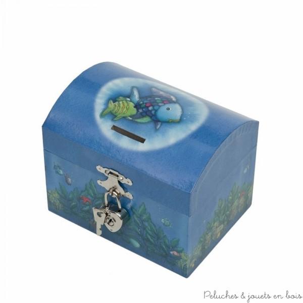 Une tirelire boîte à musique Poisson Arc En Ciel Bleu de la marque Trousselier avec sa fonction 2 en 1 cette tirelire lorsqu'elle est ouverte laisse apparaitre un Poisson Arc En Ciel qui tournoit au son d'une mélodie. A partir de 2ans+