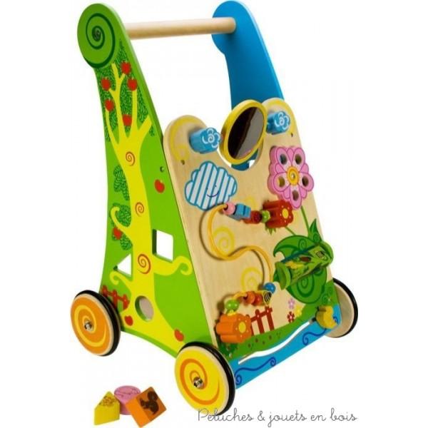 Chariot de marche et centre d'activité de la marque Bigjigs pour apprendre à bébé à faire ses premiers pas + plein d'activités pour jouer. A partir d'un an+