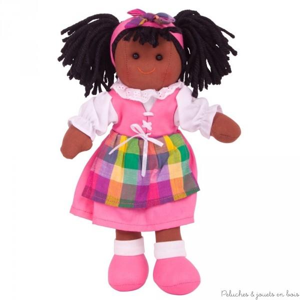 Une poupée de chiffon Jess de 28 cm de la marque Bigjigs. A partir d' 1 an+