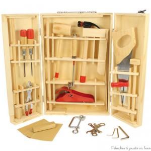 Une grande boîte à outils junior en bois et métal de 28 pièces de la marque Bigjigs Toys. A partir de 8 ans+