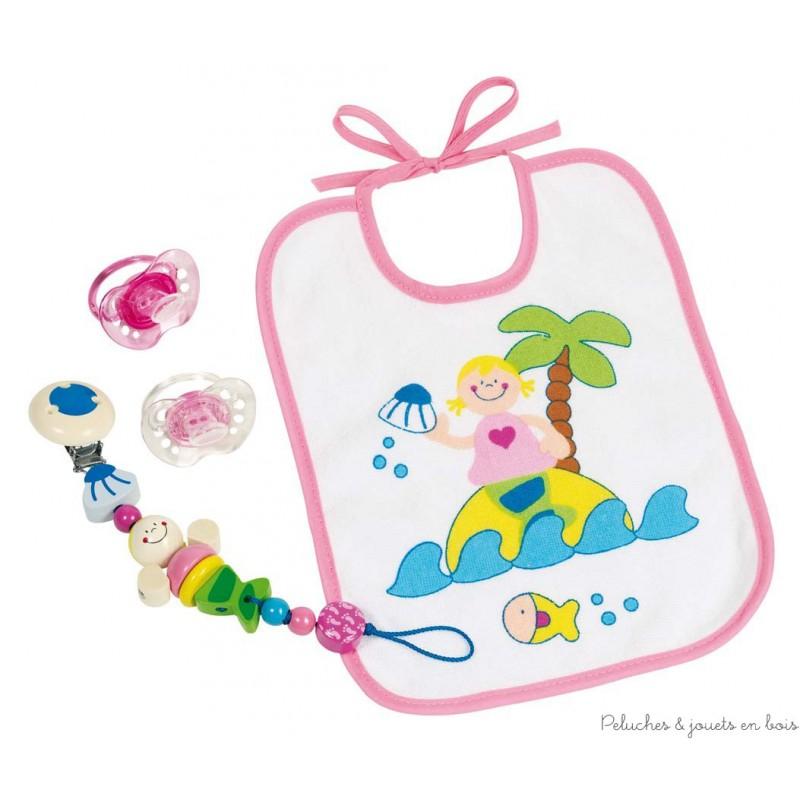 """Un ensemble naissance sur le thème """"sirène"""" signé Heimess avec un accroche-tétine en perles de bois colorées avec vernis atoxiques (ref 733890), un bavoir et deux tétines de la marque. A partir de 0m+."""