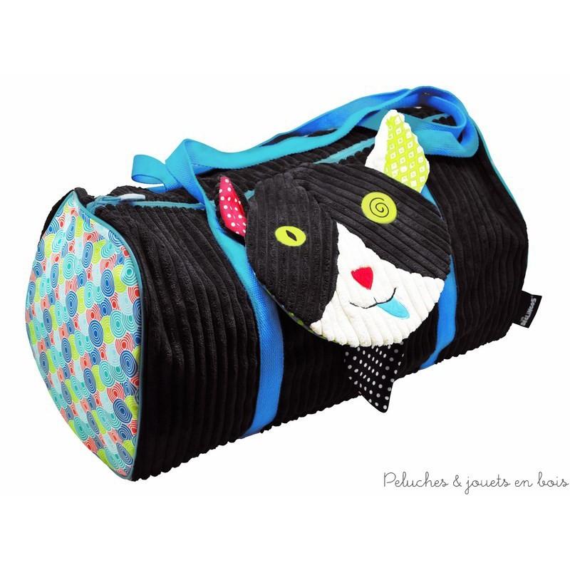 Un premier sac de voyage pour les enfants, Charlos le chat de la marque Déglingos. Un sac au beau volume pratique et sympa. A partir de 3 ans+