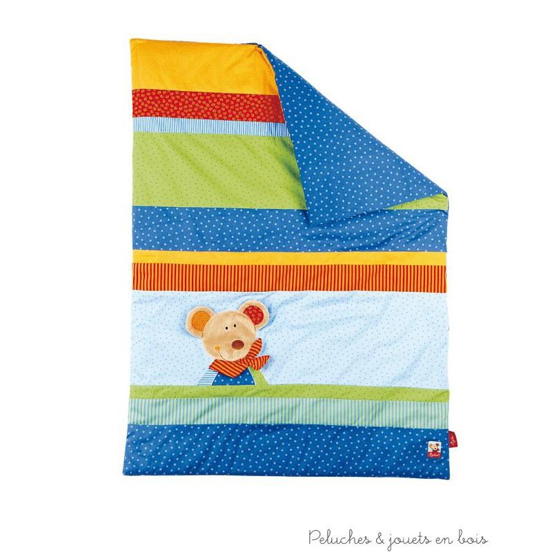 Une couverture bleue ornée d'une application souris de la marque Sigikid, idéal pour un cadeau de naissance. A partir de 0 mois+