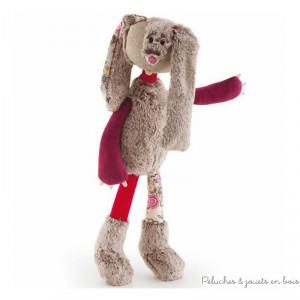 Dans la collection les anges de la forêt Augustin le lapin aux longues pattes de la marque Trudi. A partir de 0m+