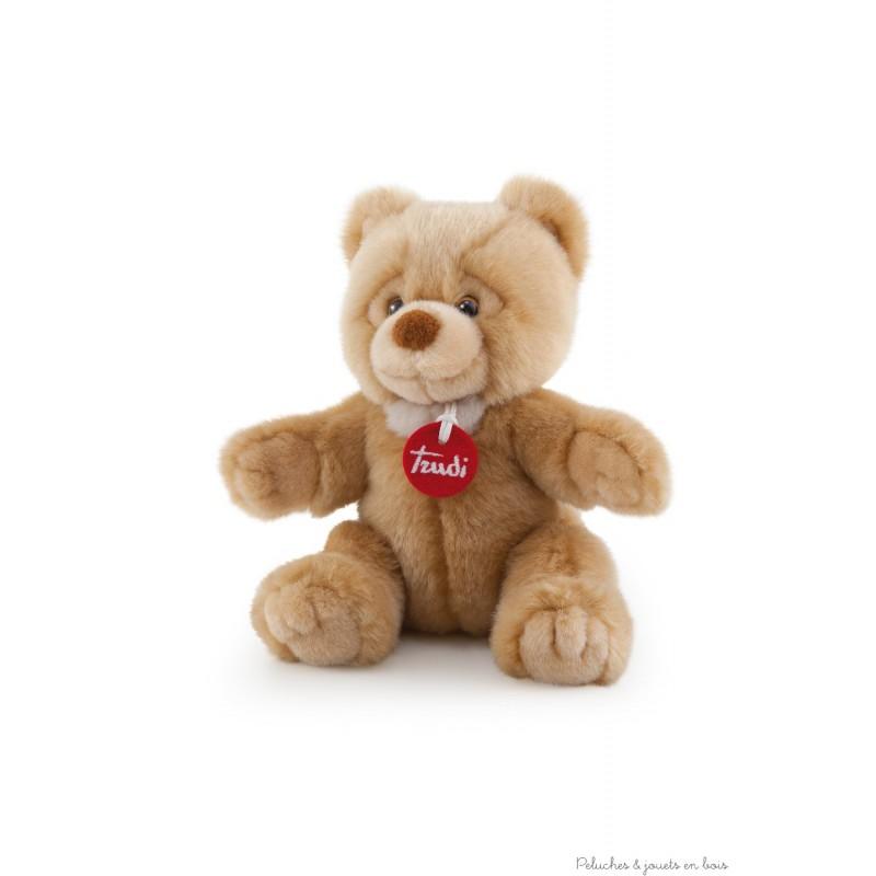 Un bel ours en peluche de couleur beige moyen de 26 cm, expressif et câlin Théo de la marque trudi. Tous âges.