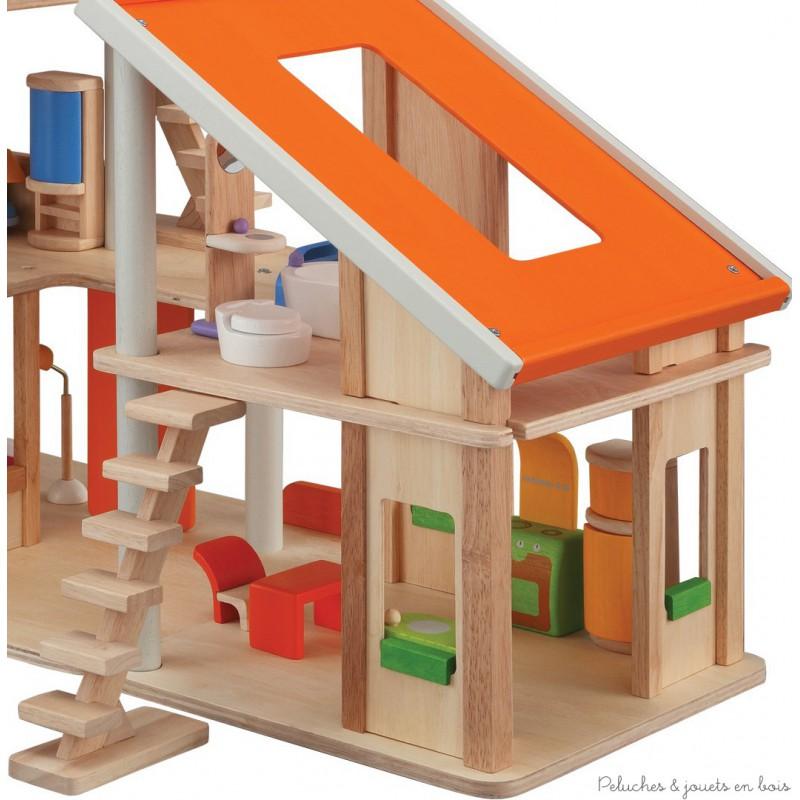 Cette maison de poupée modulaire est composée de 2 parties la plus grande comporte 3 étages spacieux et la petite deux étages. Cette magnifique maison de poupée possède un immense toit ouvrant.