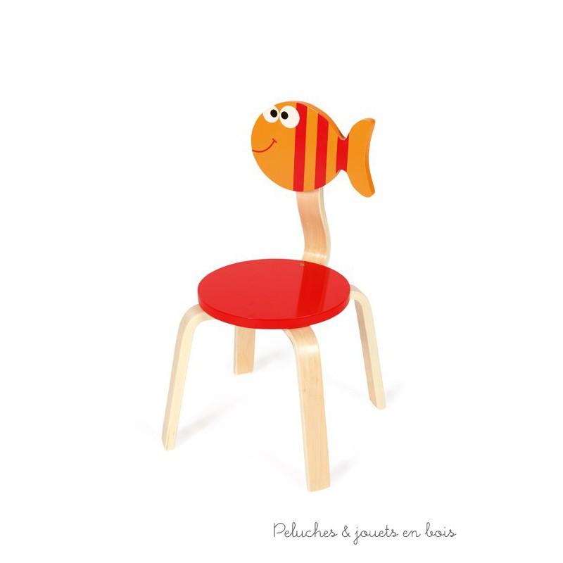 cette chaise poisson est de la marque Scratch Déco, Dim. 33 x 33 x 65 cm, hauteur d'assise 28 cm 3 ans+