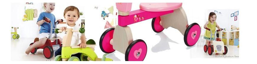 porteur b b draisienne en bois voiture a pedale jeux de plein air peluches et jouets en bois. Black Bedroom Furniture Sets. Home Design Ideas