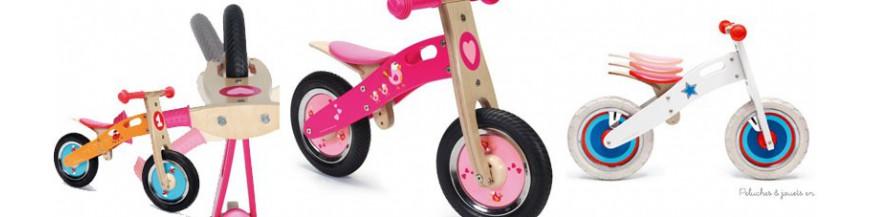 draisienne bois enfant velo sans pedale rouge rose argent moto peluches et jouets en bois. Black Bedroom Furniture Sets. Home Design Ideas