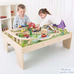 Circuit de train en bois et table Bigjigs Train BJT040
