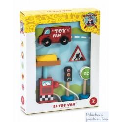 Le toy van, le Kit routier pour petites voitures en bois
